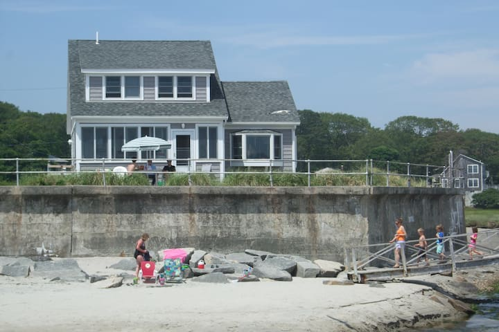 Oceanfront Cottage on Long Beach - Rockport, MA