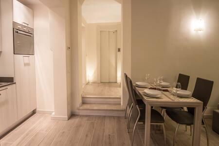 Appartamento Con Giardino sul Lungolago - Gardone Riviera - Wohnung