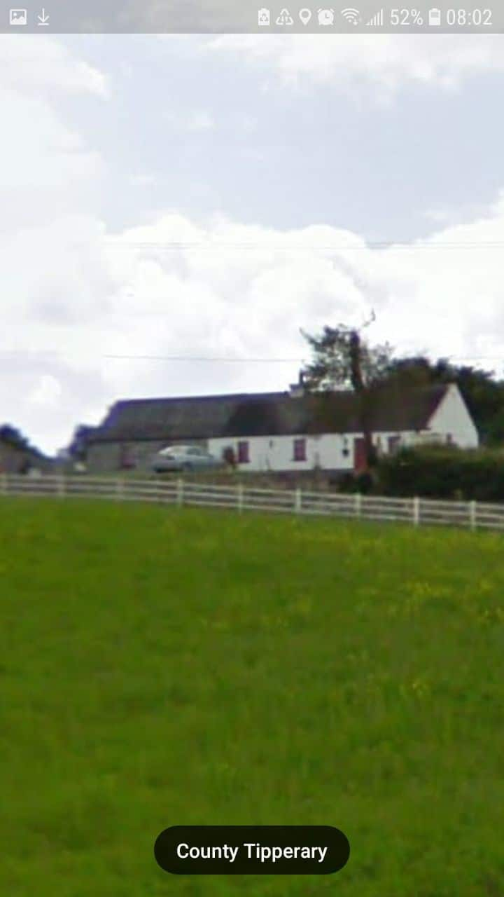 Old style cottage with the freedom of open country