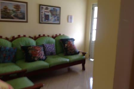 Casa na praia de Saquarema Regiao dos Lagos - Saquarema - Hus