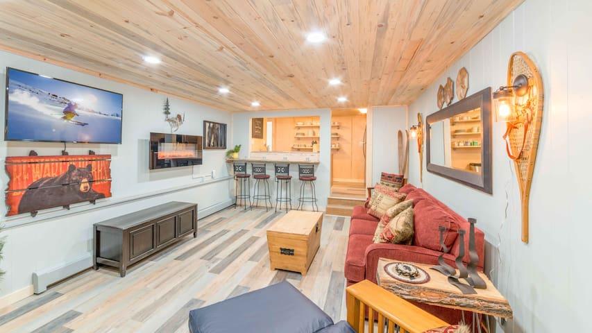 Summit House Bear's Den, 2-4 Guest Retreat
