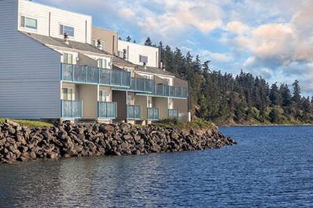 Discovery Bay, WA, 2-Bedroom Deluxe #1 - Port Townsend - Apartment