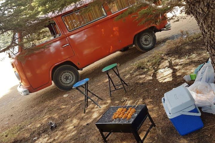 VW T2 Camper Van Caravan