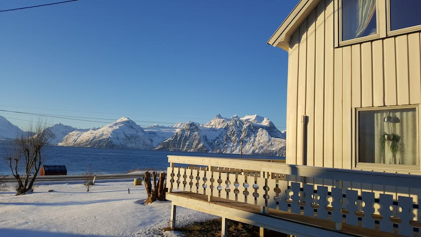 Lyngen Arctic View, Cosy house in the ski paradise