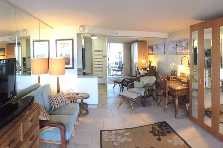 Charming Hale-Amazing View in the Heart of Waikiki