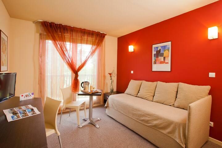 Séjour studio lit simple à Valence
