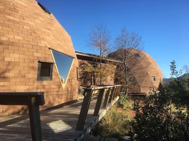 Lizard Domes, Valle Las Trancas,casa particular