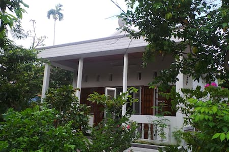 Donny Vinh B&B (Holiday House)