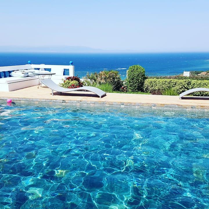 Belle villa piscine et océan view