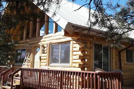 """Beauty In The Pines"" , LOG CABIN/HOME - Crestone - Srub"