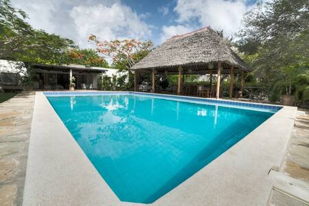 The Pool House, Diani