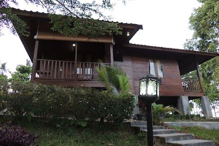 Langkisau Resort Painan - Painan - Altres