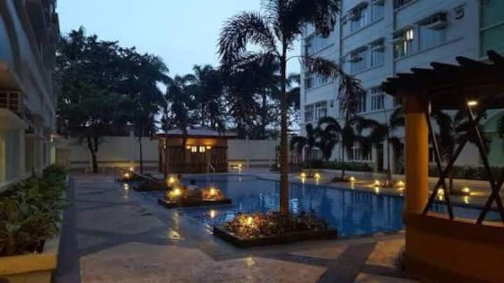 Fully furnished Condo with WIFI in Manila