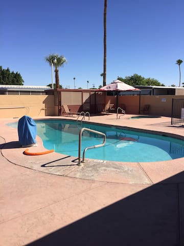 Double wide home in 55 plus park - Yuma - Casa