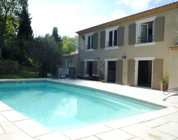 Grande villa lumineuse au Rouret  piscine chauffée - Le Rouret - Villa