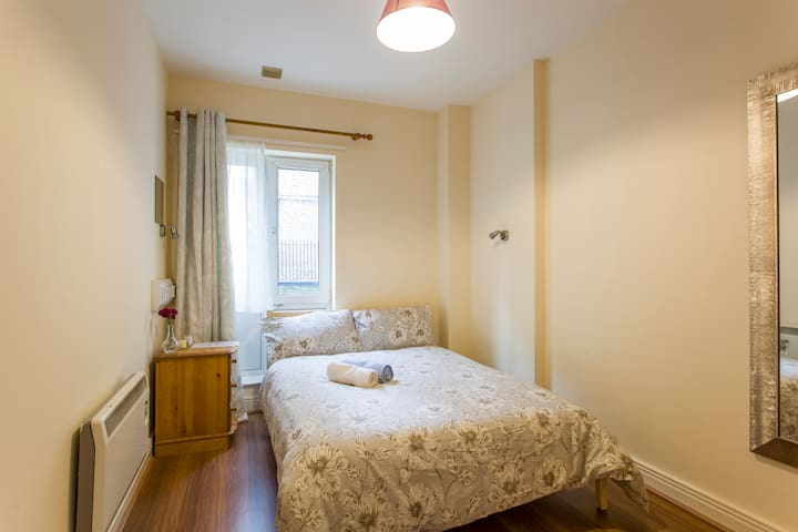 Double room near the Guinness Store house