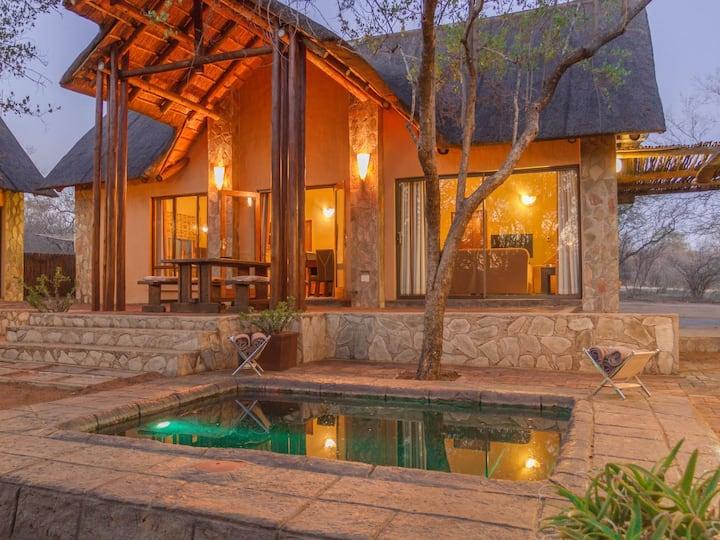 Warthogs Rest Lodge