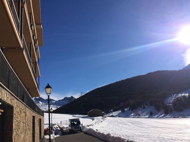 SOLDEU 2 chambres, luxe, vue, soleil et neige - Soldeu - Apartment