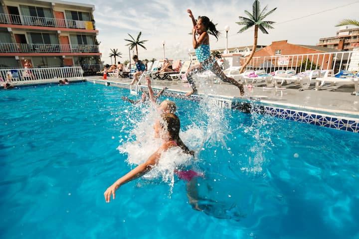 Olympic Island Beach Resort - Wildwood Crest - D - Oceanfront 1 Room Efficiency