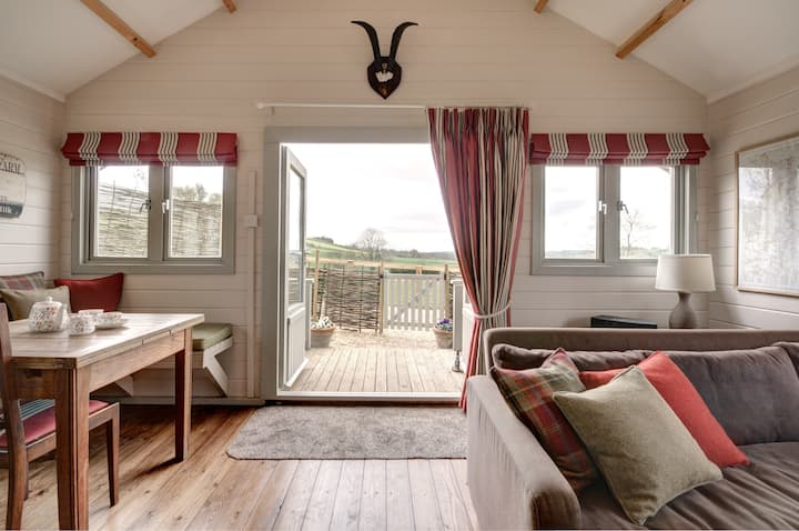 Stunning holiday lodge with amazing views