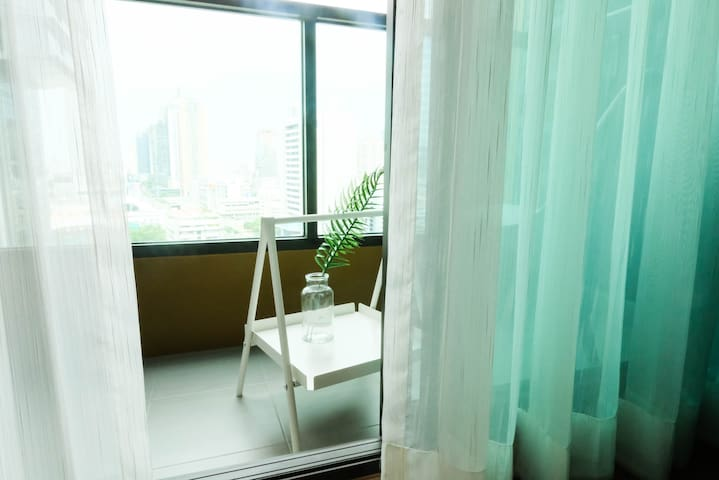 Japanese Style 1bdr apartment with View @Asoke