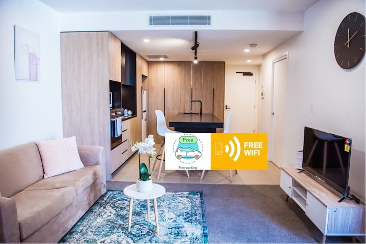 Brand New Luxury 1 Bed Apt in Woolloongabba