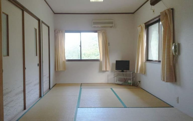 [Dinner ,Breakfast incl]Japanese Style Room with 6 Tatami WiFi