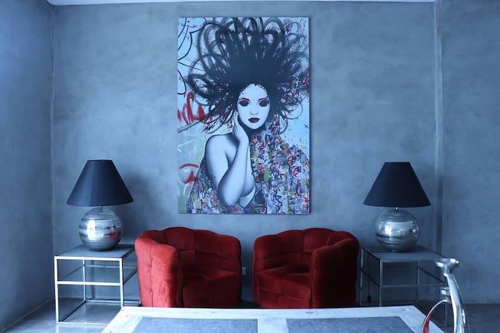 La Bella Suites Tagaytay @ 1 Bedroom w/ Wifi