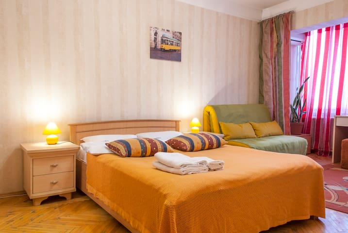 7-а, Raisy Okipnoi  (1-room apartm) - Kiev - Apartment