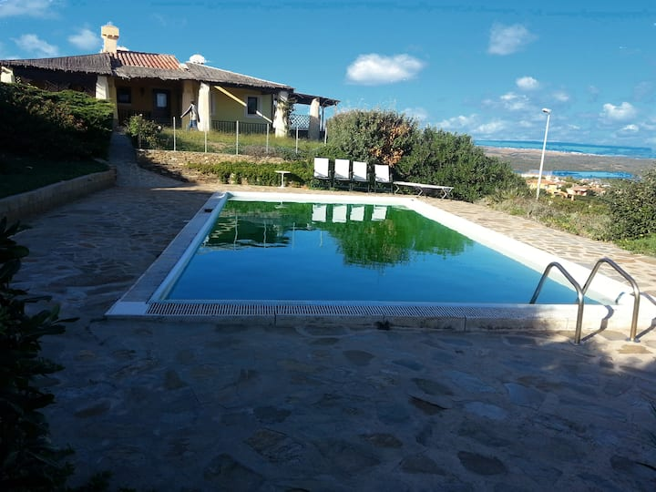 Villa Fresia with garden and private pool. Sea view!