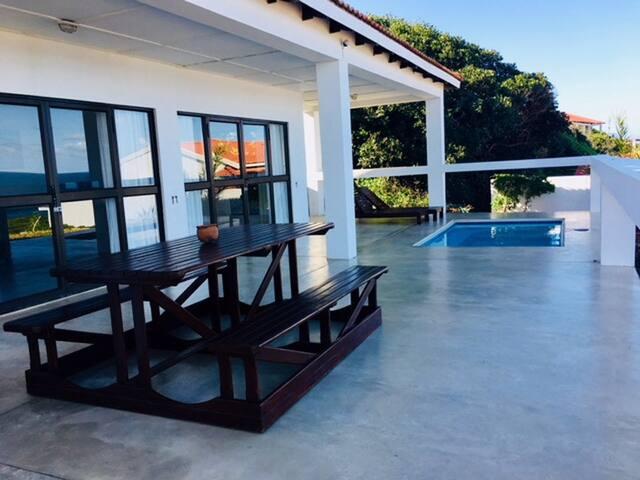 Reef Resort Casa Africana