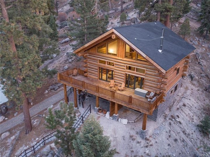 Rocky Top Retreat - The best views you could get of Big Bear Lake!!
