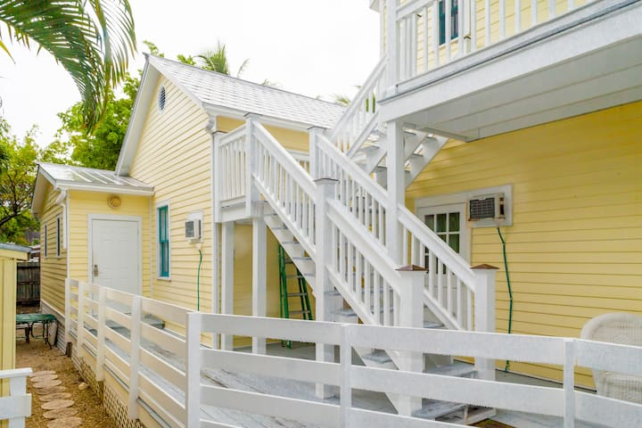 Luxurious Cozy Studio,close 2 Duval - Key West - Apartment