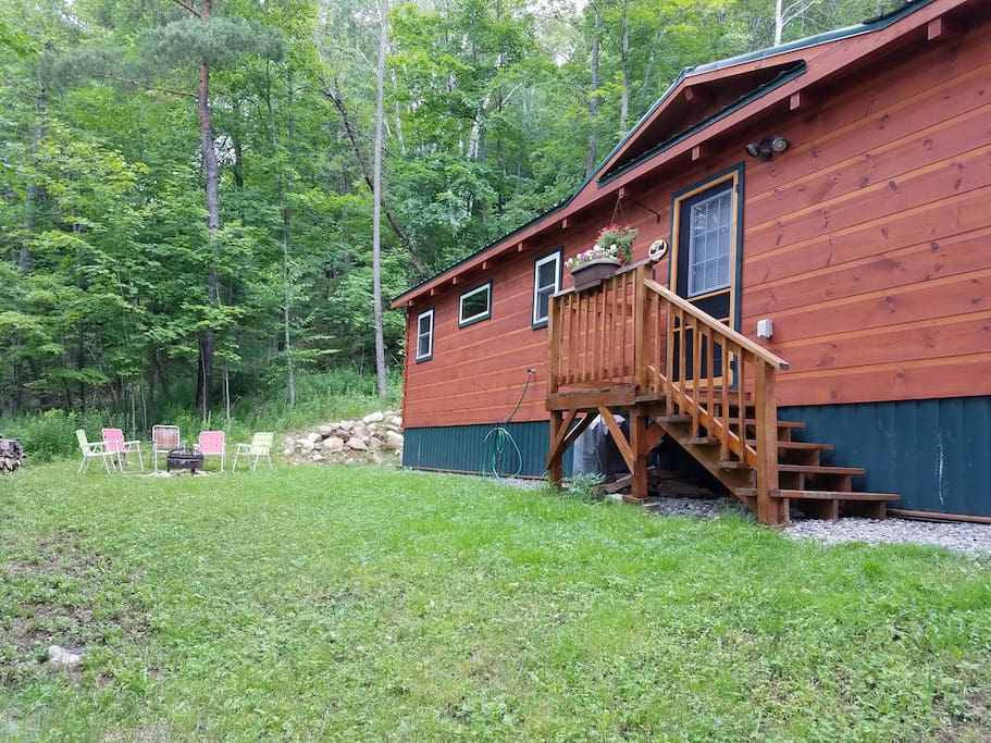 Saranac lake cabin close to everything cabins for for New york cabin