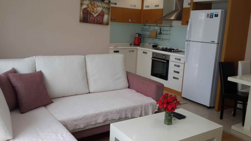 Gürsu'da_Havuzlu_Doğalgazlı_Denize 150mt_Smart 1+1 - Konyaaltı - Apartamento com serviços incluídos