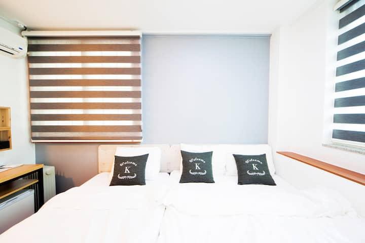 K-Guesthouse Dongdaemun - Standard Triple 1