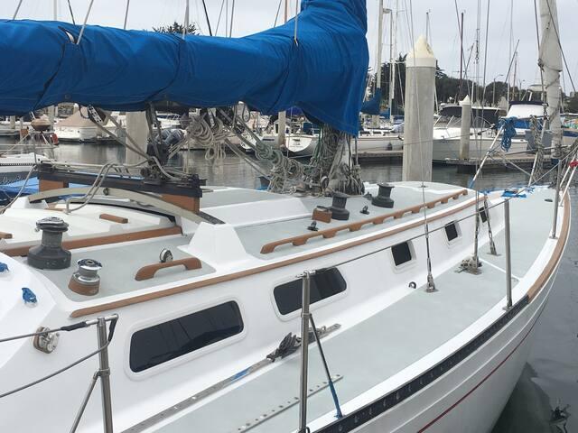 Romantic Sailing Suite