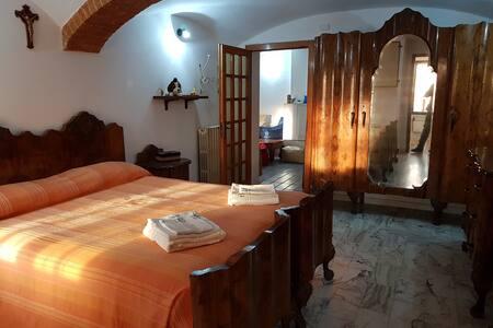 """""""La Terrazza di Mombarone"""" room n.1"""