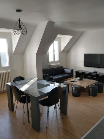 Loue agréable appartement lumineux type 2 Bis