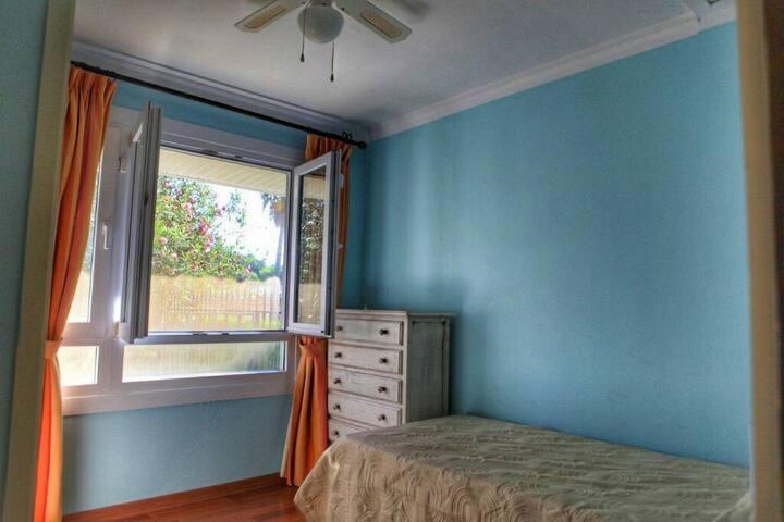 Single  bedroom - Cadiz - Villa