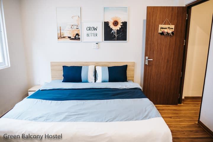 Comfortable, lovely Jasmine Room with big window