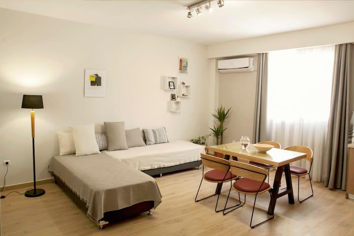 City Center Art Apartment ( 60 sqm )