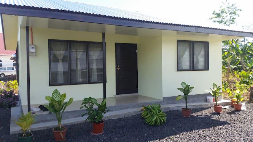 Simple, Cosy & clean little house, Samoa (#2Lui)