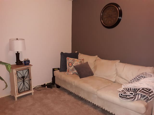 2nd bedroom has air mattress available