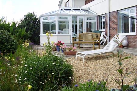 Garden Apartment: Tregony, Roseland, Cornwall - Tregony