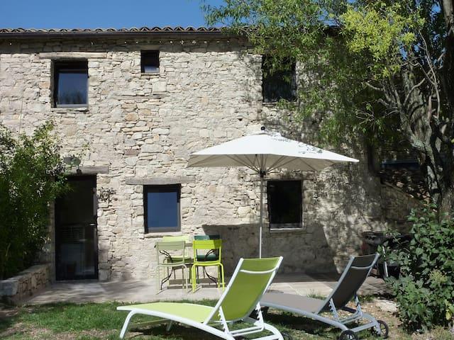 TILLEULconfort et charme en Luberon - Vachères - Appartement