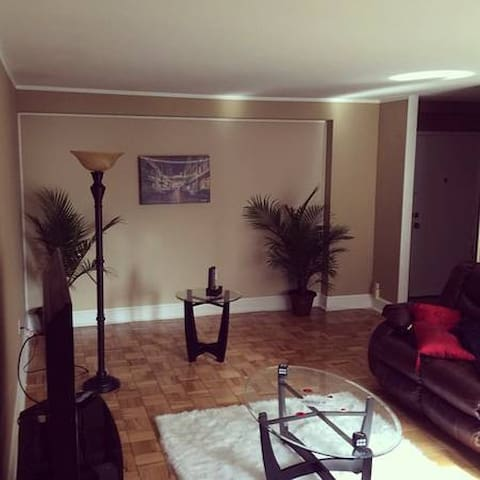 ***$700/mo GREAT CONDO to share*** - Lakewood - Wohnung
