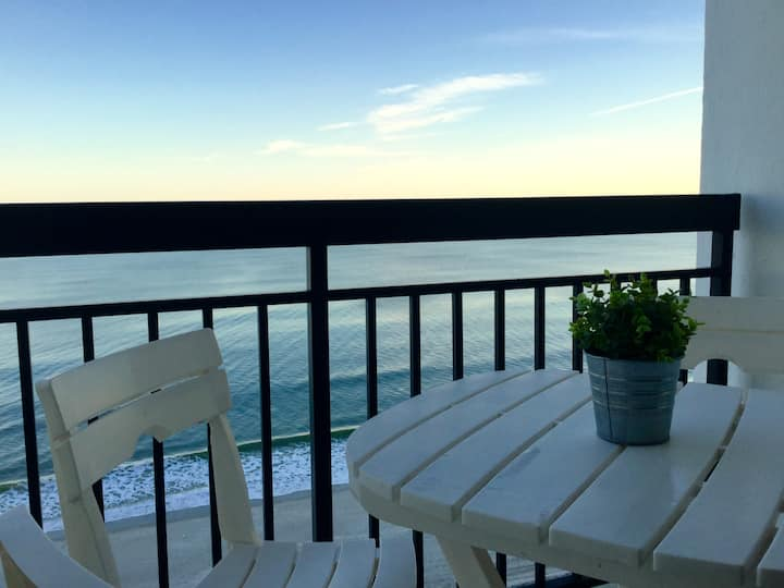 Romantic Getaway,Oceanfront,Perfect View,SunNSand