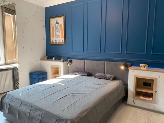 Stylish apartments on Rynok Square
