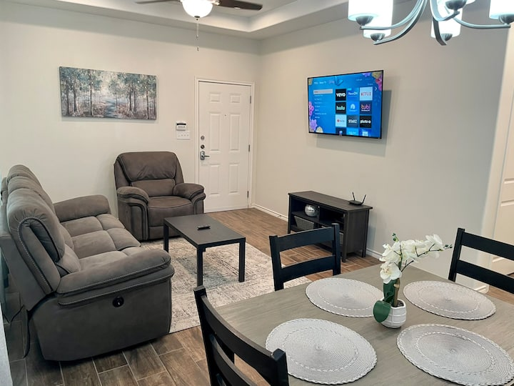 Condo minutes from hospitals and UTRGV
